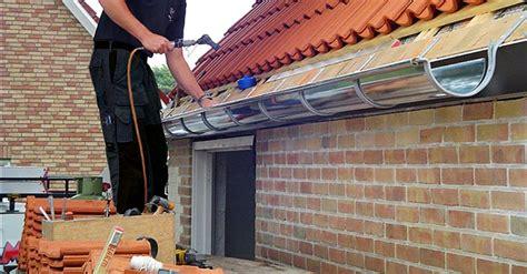 zinken dakgoot vervangen aanbouw huis voorbeelden