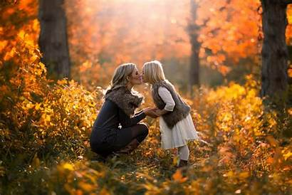 Autumn Daughter Forest Kiss Mom Mother Lesie