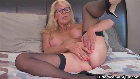 Blonde Milf Bianca Finger Fucks Her Mature Pussy Porn B7