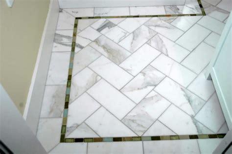 marble floor calacatta marble  glass border