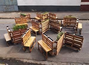 Curved Wooden Garden Bench by Palety W Mieście Ogr 243 D W Centrum