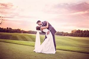 My day as a wedding photography assistant 11 reflections for Wedding photographer assistant