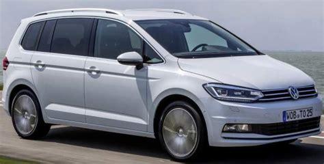 minivan review redesign specs engine