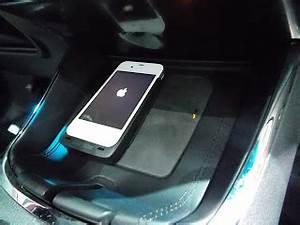 Recharge Telephone Sans Fil : voiture communicante toyota introduit la recharge sans fil pour smartphone ~ Dallasstarsshop.com Idées de Décoration