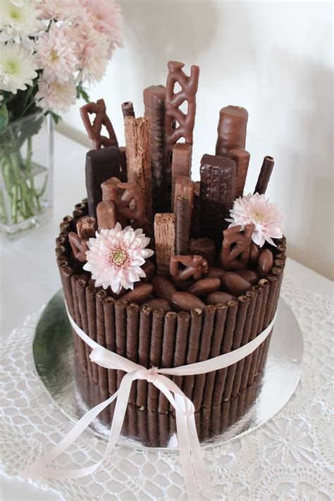 chocolate bouquet cake mudcake decorated with wafers
