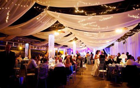 tenture plafond chambre 17 meilleures idées à propos de tenture mariage sur