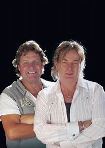 Wetton-Downes' iCon Plays London's Historic St. Mary-Le ...