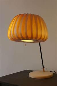 Dänische Design Leuchten : pendelleuchte tr19 design leuchten aus holz pinterest holz pendelleuchte holz und ~ Markanthonyermac.com Haus und Dekorationen