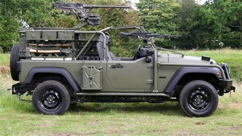american army jeep the army jeep is not dead it 39 s just meaner and heavier