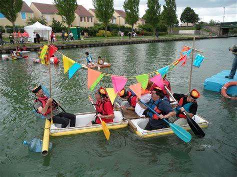 Course De Baignoires Sur Le Canal De L'ourcq