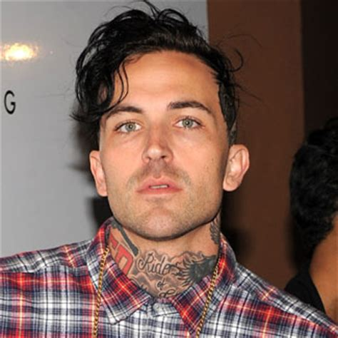 Yelawolf Row Your Boat Review by Yelawolf Haircut 2013 Photo