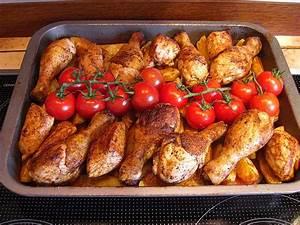 Kartoffeln Und Zwiebeln Lagern : h hnchen auf kartoffeln zwiebeln und tomaten von judomama ~ Markanthonyermac.com Haus und Dekorationen