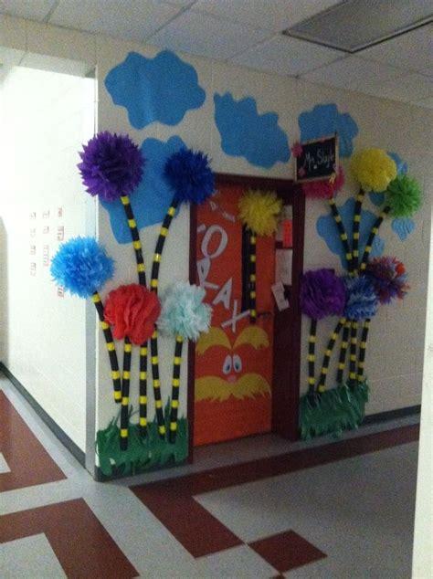 Dr Suess Decorations - dr seuss classroom decorations images bulletin