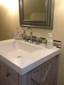 backsplash bathroom ideas 30 amazing ideas about framing a bathroom mirror with glass tile