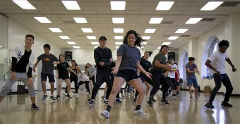 Foundations dance group breaks down different styles in ...
