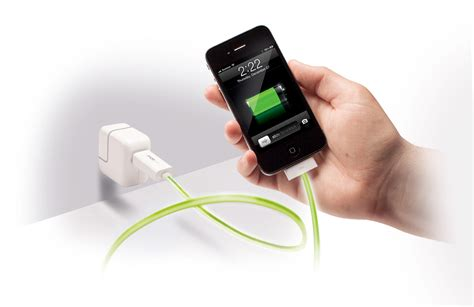 iphone charging mobee wireless charging takes a leap forward in 2013 eftm