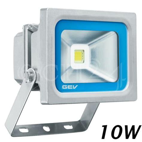led strahler außenbereich led strahler der fluter ist die beleuchtung f 252 r ihren au 223 enbereich in silbergrau ebay