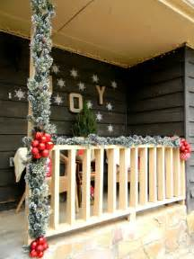 40 gorgeous christmas porch decorations transforming your entryway page 3 of 4 cute diy