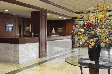 hotel front desk jobs san francisco jobs at doubletree by hilton hotel san francisco airport