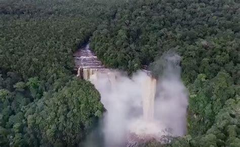 nokan nayan air terjun tertinggi  kalimantan