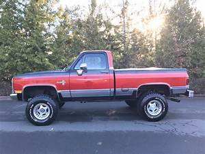 1984 Chevrolet K10 4x4 Short Box Truck