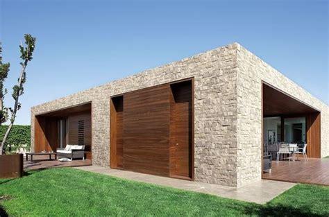 rivestimento esterno legno moderne idee ispirazioni progetti