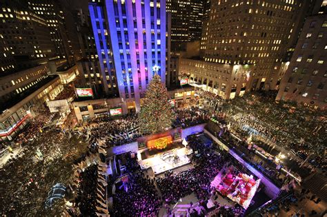 when is the christmas tree lighting nyc new york christmas wallpapers wallpaper cave