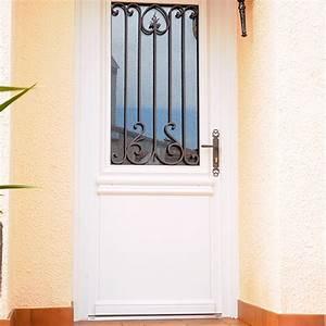Porte d39entree pvc alsace caspar stores for Porte d entrée pvc en utilisant porte entree pvc couleur bois