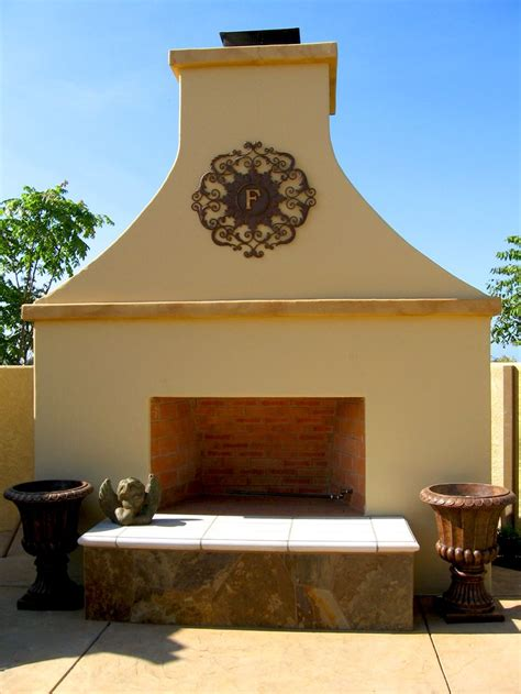 outdoor stucco fireplace stucco outdoor fireplace with accents tuscany in dos vientos pinterest outdoor fireplaces