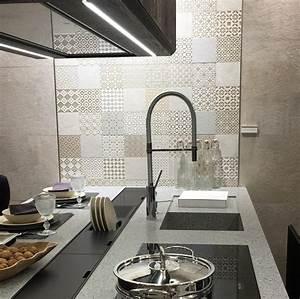 Fliesenspiegel In Der Küche : fliesenspiegel in der k che alles andere als langweilig franke raumwert ~ Markanthonyermac.com Haus und Dekorationen