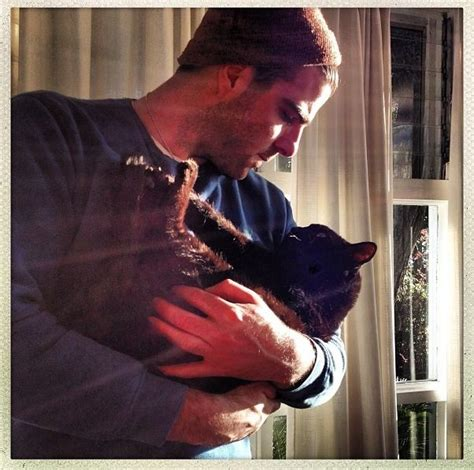 zachary quinto on instagram zachary quinto n little kitty instagram zachary quinto