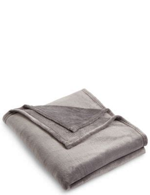 Marks And Spencer Sofa Throws by Cushions Throws Sofa Cushions Cotton Throws M S