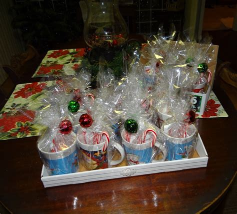 25 dollar hot christmas gifts check out these 16 semi gifts i made 25 dollars mugs with cocoa