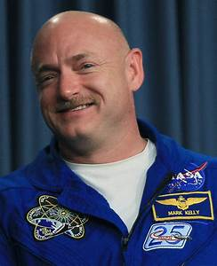 Mark Kelly Pictures - STS-134 Astronauts Speak To Media ...