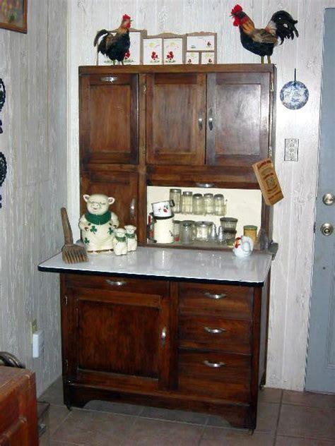 vintage hoosier cabinet hardware 17 best images about hoosier cabinets on pinterest