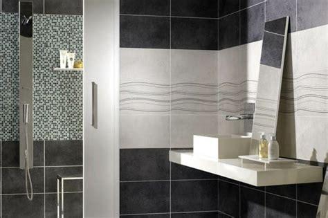 carrelage salle de bain gris et blanc