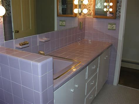 Lilac bathroom: Groovy baby, 1965   Retro Renovation