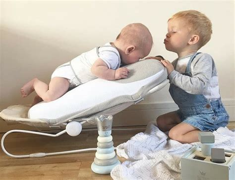 how to comfort a babocush newborn comfort cushion 187 gadget flow