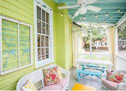 Bright Green House Bright Color She S Transformed So Many Beach Cottages That She