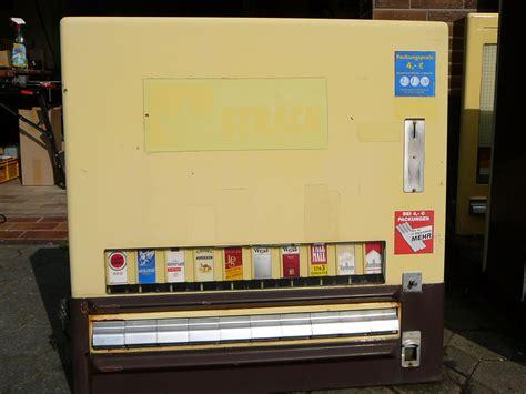 wie funktioniert ein zigarettenautomat h 228 ppchen f 252 rs hirn oder ich geh mir mal grade ne schachtel buch ziehen