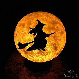 DIY Halloween Moon Light with Flying Witch!