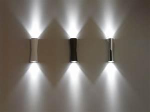 Scopri Applique Clessidra 40° LED interno / esterno, Nero di Flos, Made In Design Italia
