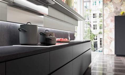 cuisine granite comptoir de granit le visage moderne de nos cuisines