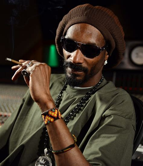 Snoop dogg's clothing store coming. Snoop Dogg to visit Alaska if voters legalize pot