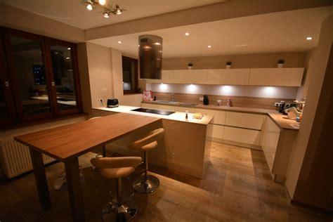 cuisine design avec ilot central cuisine avec ilot central plaque de cuisson cuisines