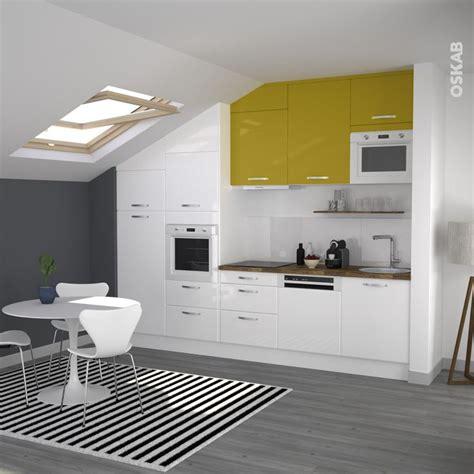cuisine jaune et blanche cuisine jaune et blanche en i de style moderne
