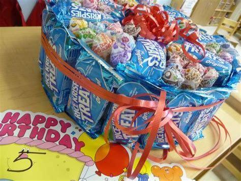 best 25 school birthday treats ideas on 178   f3378c9f5130578cf385deb6aa31b0a8 school birthday snacks preschool birthday treats