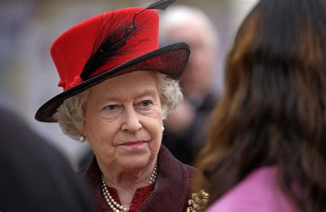 Queen Elizabeth Angry With Staffers After Receiving Terrible News About What They Refuse to Do ...