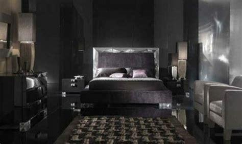 dunkles schlafzimmer