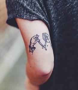 Tatouage Arriere Bras : arri re du bras tattoo piercing tatouage tatoua et bras ~ Melissatoandfro.com Idées de Décoration